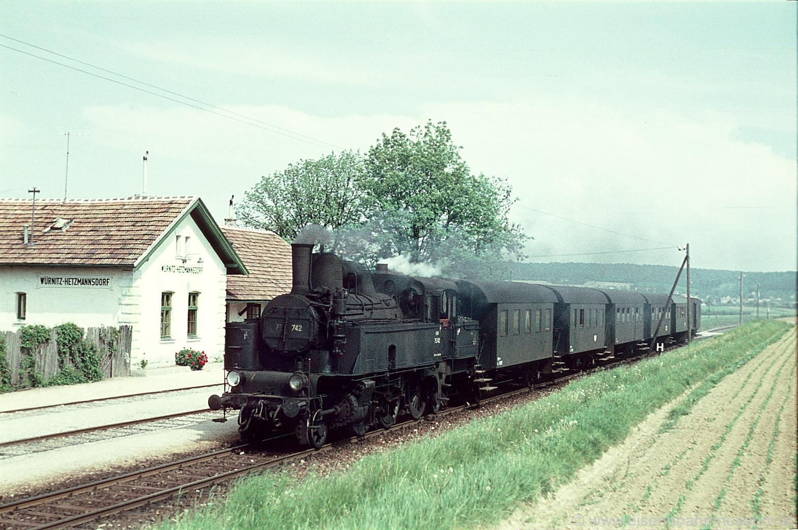 Personenwagen Bih 38 263