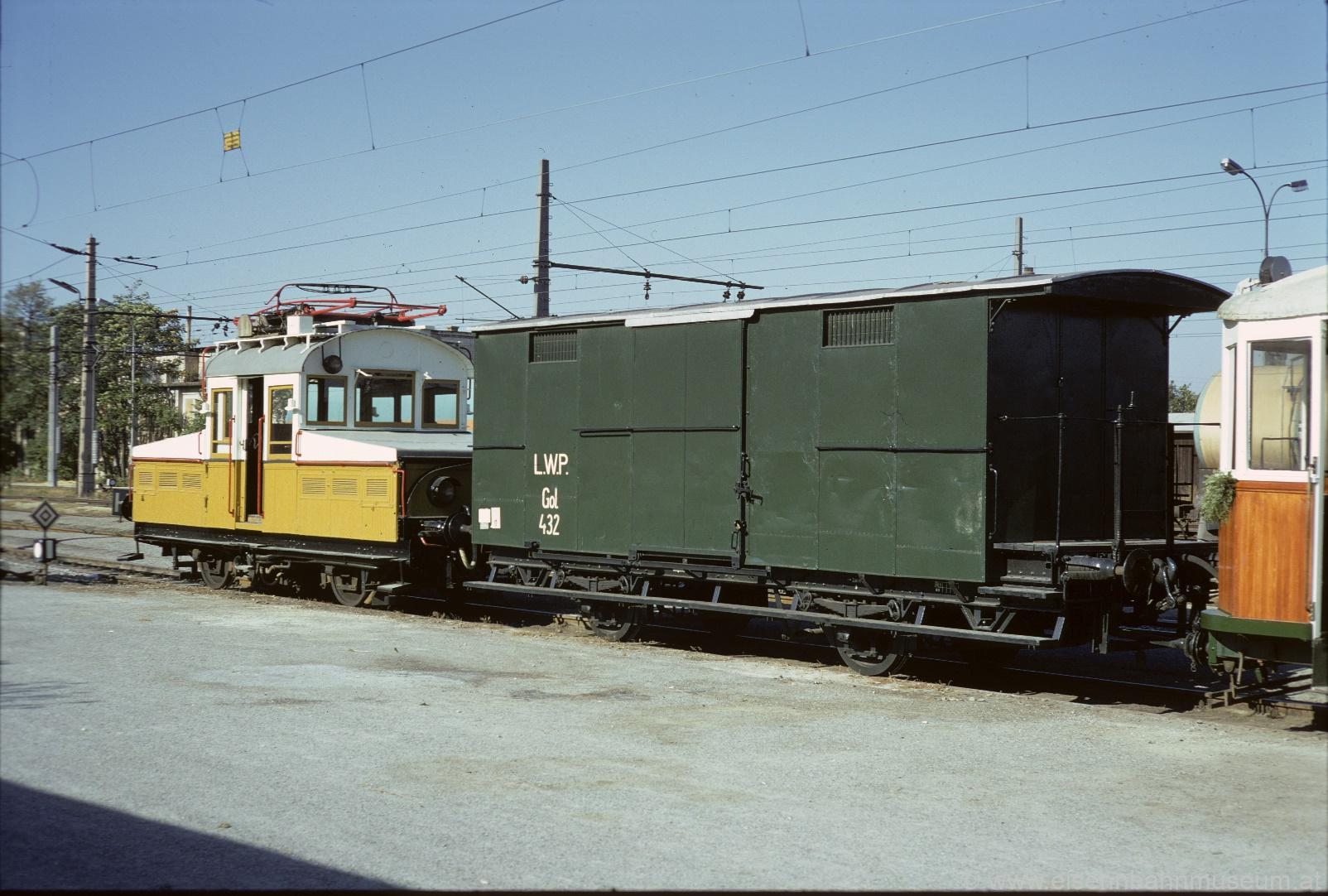 Dienstwagen LWP Gol 432